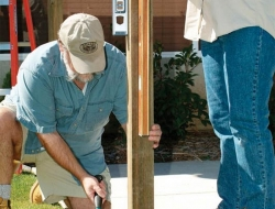 DIY Backyard Pergola - Post plumb