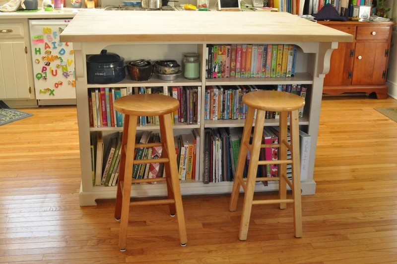 DIY Kitchen Island with Seating | 800 x 531 · 111 kB · jpeg | 800 x 531 · 111 kB · jpeg
