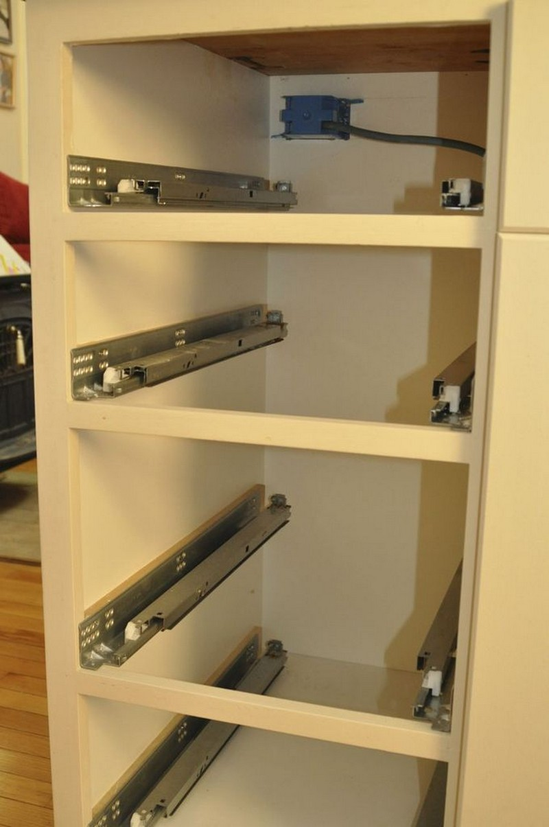 DIY Kitchen Island - Drawer tracks | 800 x 1205 · 114 kB · jpeg | 800 x 1205 · 114 kB · jpeg