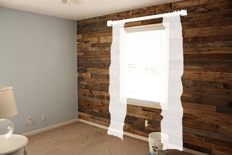 Diy pallet accent wall pictures to pin on pinterest - Wooden pallet accent wall ...