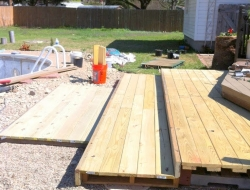 DIY Pallet Deck - Tiered walk out patio