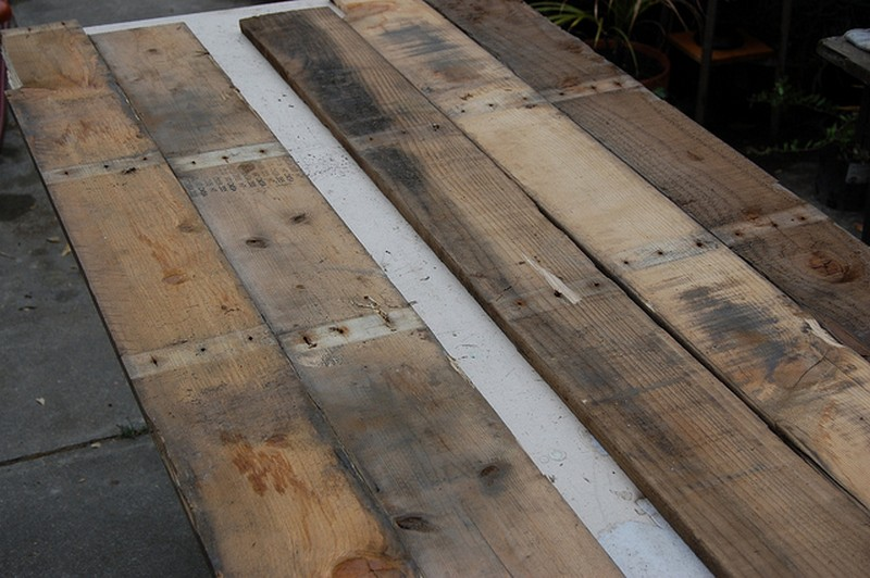 pallet kitchen table instructions