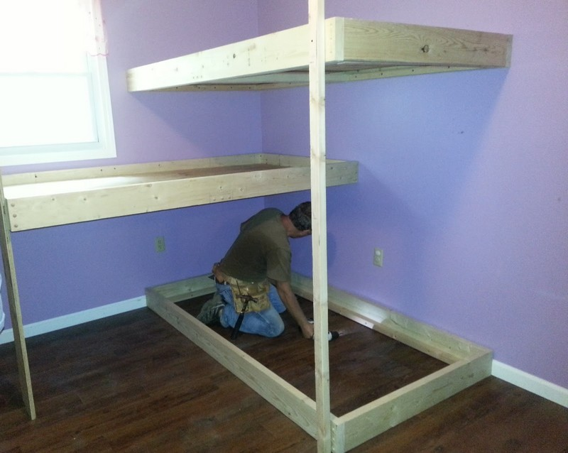 Loft Bed further Homemade Bunk Bed Plans also Full Size Loft Bunk Bed ...