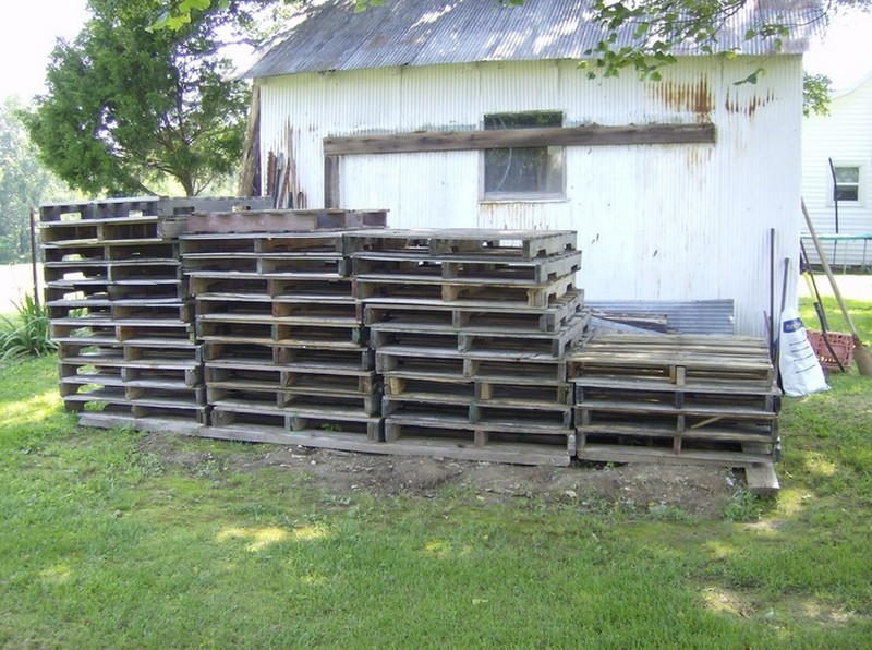 Sheds Made Out of Pallets