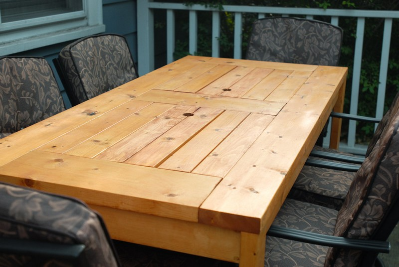 DIY Patio Table with Built in Beer Wine Coolers