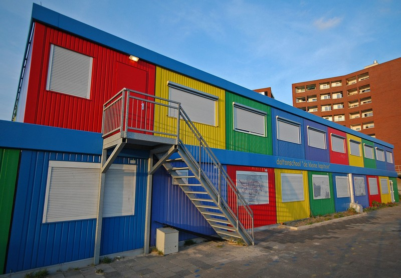 A shipping container classroom created for the underprivileged children in south africa on the - Vissershok primary school shipping container classroom ...