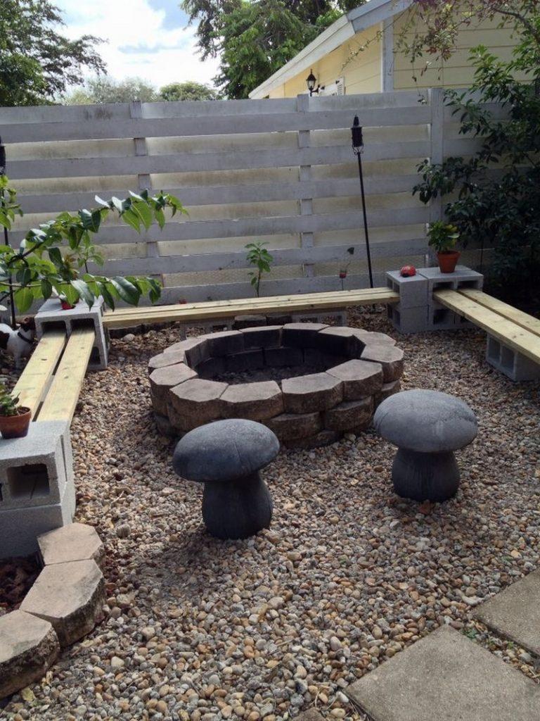 diy cinder block outdoor bench the owner builder network. Black Bedroom Furniture Sets. Home Design Ideas
