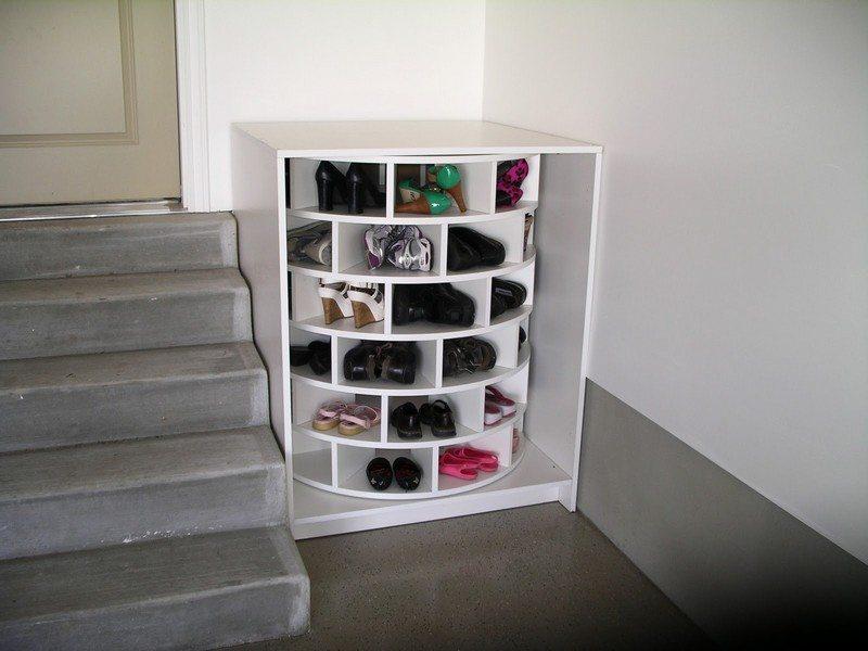 Diy lazy susan shoe storage the owner builder network - Diy storage ideas for shoes ...