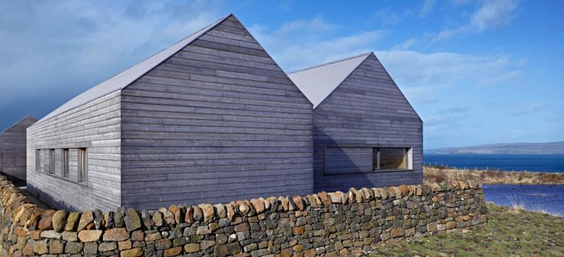 A modern blackhouse built where it truly belongs.