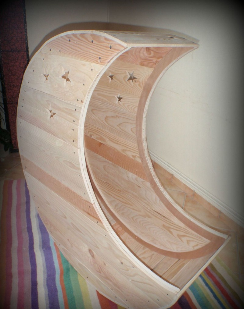 Diy Moon Shaped Cradle The Owner Builder Network