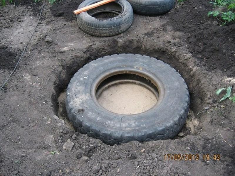 diy recycled tires pond the owner builder network. Black Bedroom Furniture Sets. Home Design Ideas