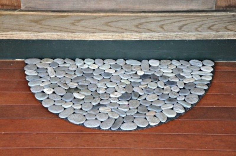 How To Make A Diy River Rock Doormat The Owner Builder