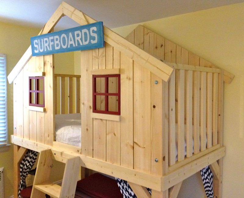 DIY Clubhouse Bed