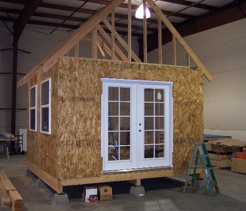 Дачные домики своими руками проекты фото