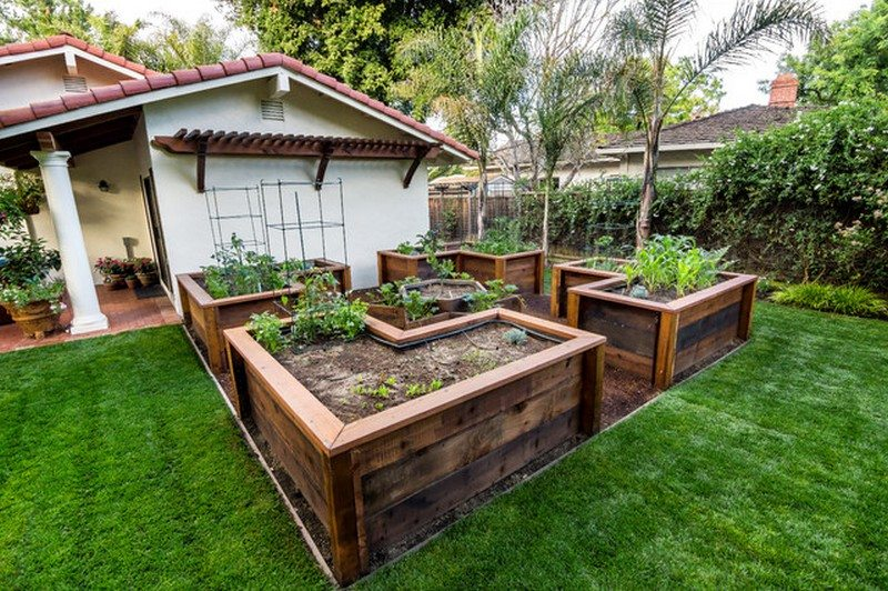 Diy Easy Access Raised Garden Bed