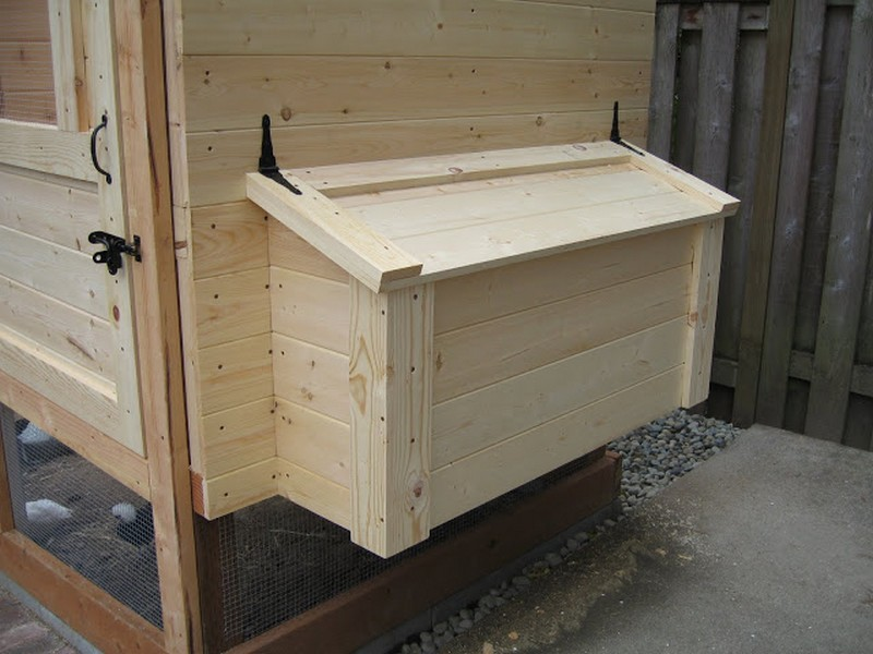 Homemade_Chicken_Coop12.jpg