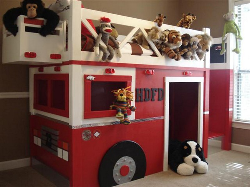 DIY Fire Truck Bunk Bed - Finished Fire Truck Bunk Bed