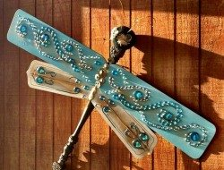 Upcycle Ceiling Fan Blades Into Giant Dragonflies The