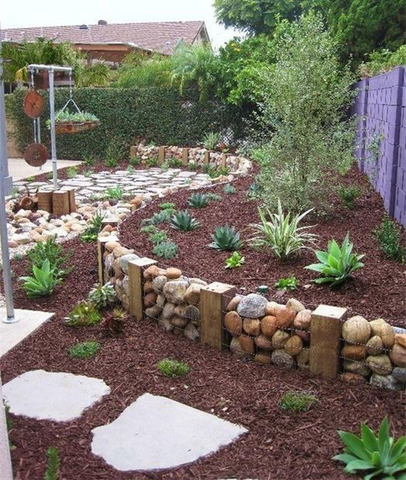 Cheap Gardening Ideas: Eleven Interesting Garden Bed Edging Ideas
