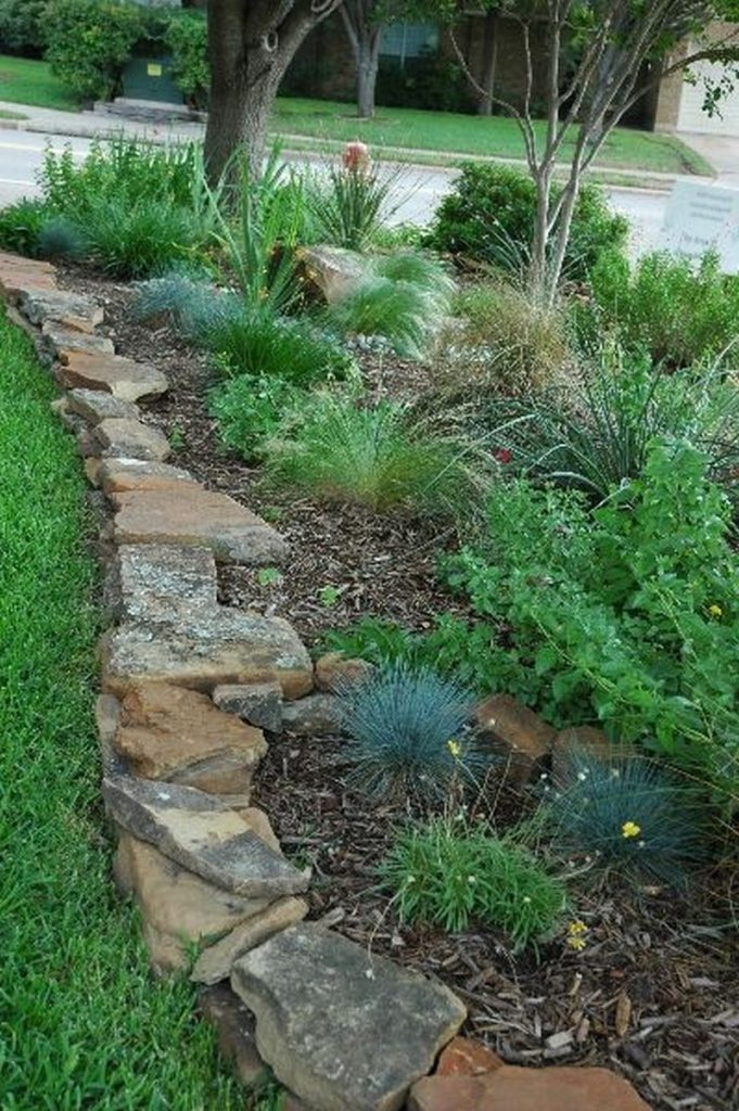 Edge Garden Landscape Rocks : Eleven interesting garden bed edging ideas the owner