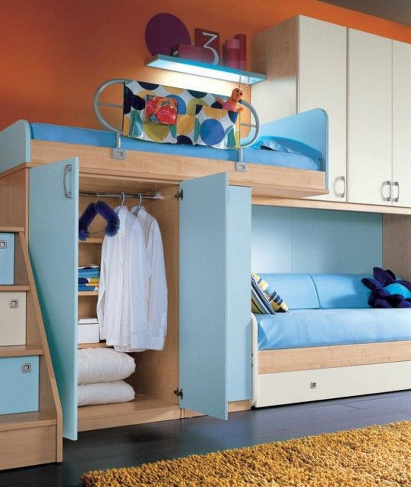 8 ideas for maximizing small bedroom space the owner - Space saving bunk beds for small rooms ...