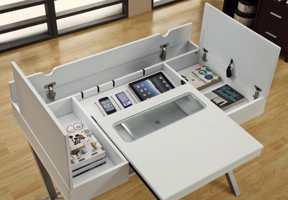 Connect-It desk by Monarch