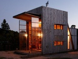 Tiny Beach House on Rails - Coromandel Peninsula, New Zealand