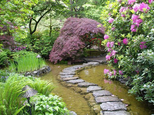 Water, stone, garden. Does it get any better? — at Somewhere On Earth :).