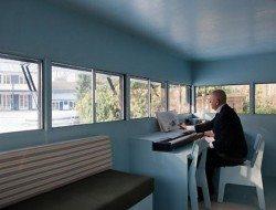 Log Cabin on Wheels - Hans Liberg Music Studio