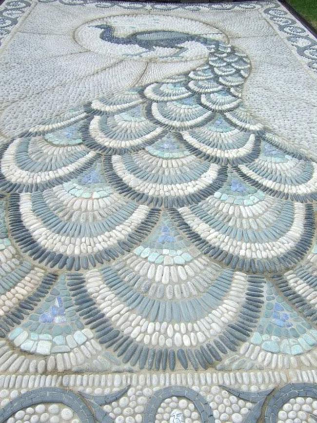 This is the larger part of the lovely swirl path we showed yesterday.