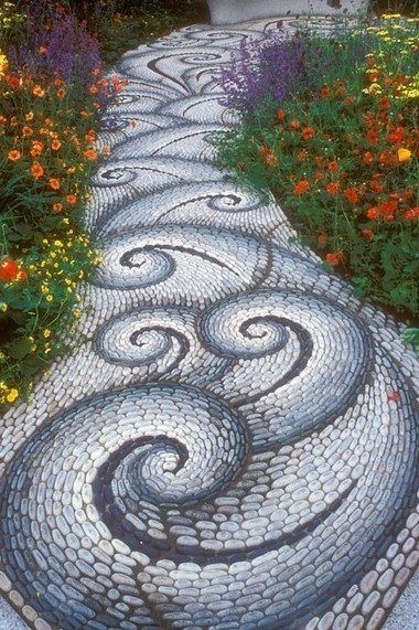 If the snake mosaic wasn't for you, maybe this one will be.