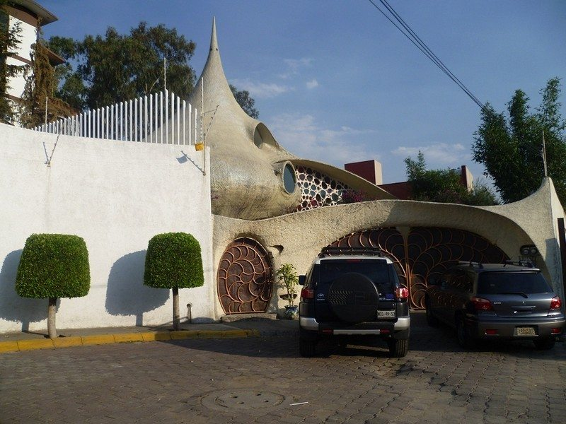 The Nautilus House - Garage