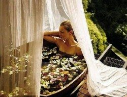 At one with nature... outdoor bathing