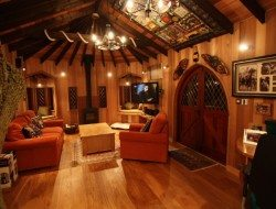 Treehouse office living room