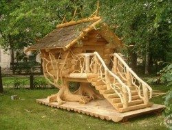Hehehe! It's a Whole Tree Architecture cubby house! Do you think the kids in your life would want one?