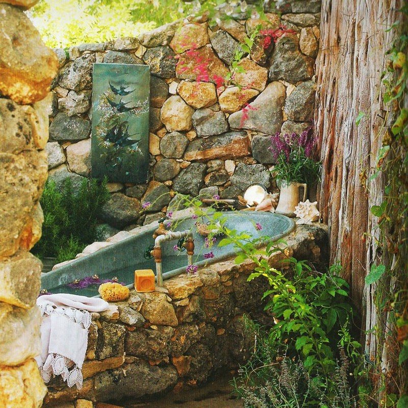 Except for the fact that this isn't at my place, I can't find anything I don't like about this outdoor bath.  Can you?