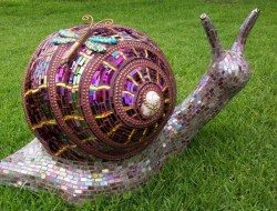 Is this mosaic snail cute or what?