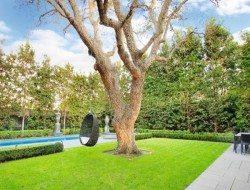 Classic Paul Bangay landscaping