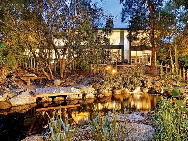 Phillip Johnson Landscapes Natural Pond The Owner Builder Network
