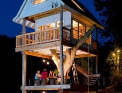 Camp Tree House - http://theletteredcottage.net/camp-treehouse/