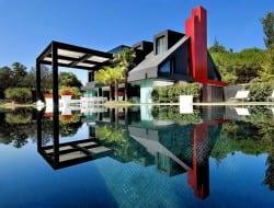 Modern Chalet - Madrid, Spain