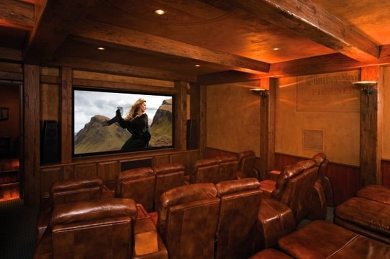 Amazing Log Home - Home Theater