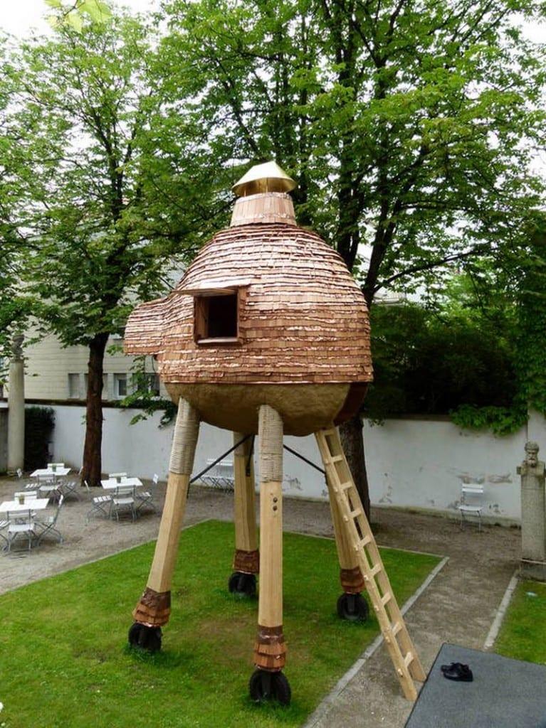 Trojan Pig by Terunobu Fujimori - http://www.spoon-tamago.com/2012/06/27/terunobu-fujimoris-latest-tea-house-is-a-trojan-pig/