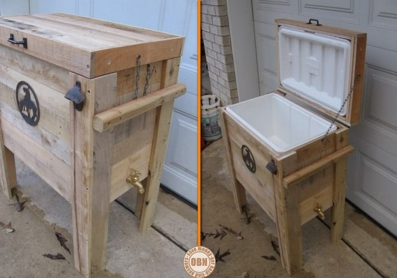Here's a cool place to store your cold drinks! What do you think of this wooden cooler box complete with bottle opener and drainage tap?