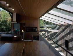 Base Valley House - Japan