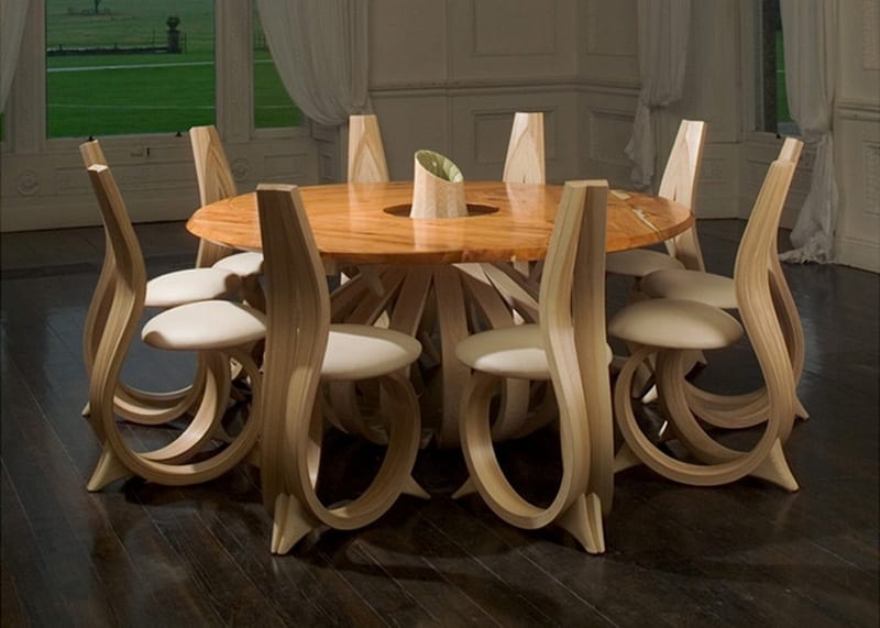 We know you have the most interesting opinions. What are your thoughts on this dining setting by Irish designer Joseph Walsh?