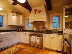 Cow Rock Cottage - Kitchen