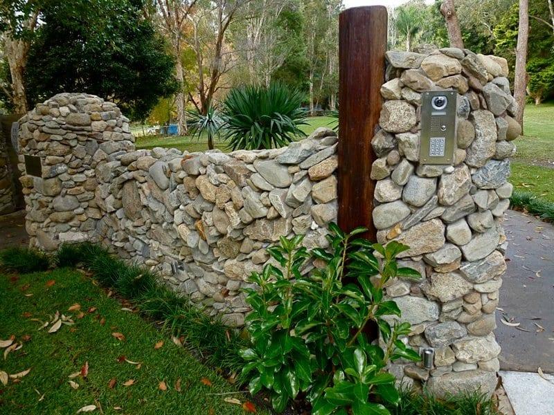Garden Wall - Eckerman Studios