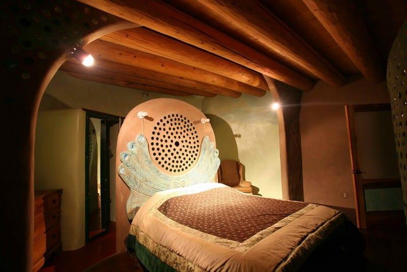 Phoenix Earthship West bedroom - flickr