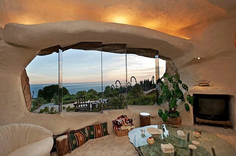 but id prefer to watch the view than the television - Flintstone House